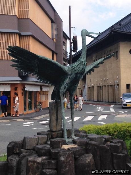 cicogna statua